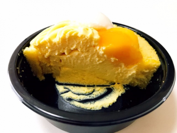 Uchi Cafe' SWEETS × ICE MONSTER マンゴーのロールケーキ